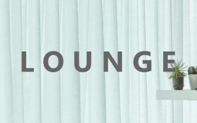 Lounge-stemning med gardiner